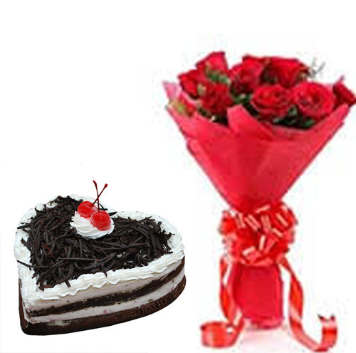 10 roses with less cream heart shape black forest cake