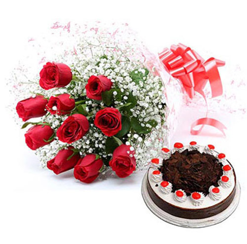 12 Red Roses bunch with Black forest cakes
