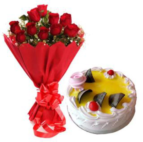 18 Roses Bunch With Pineapple Cake
