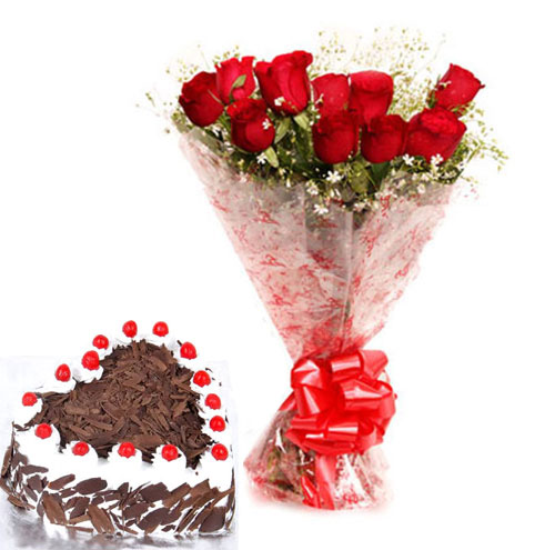 12 roses with special heart shape black forest cake