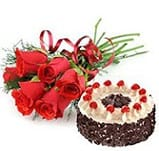 500gms Black forest with 6 Roses