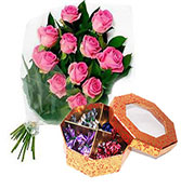 12 pink roses with 20 chocolate round box