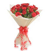 12 Red Roses Bouquet Online delivery in Surat - Shopnideas