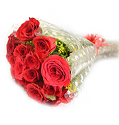 18 Red Velvet Roses Flowers delivery in Wardha