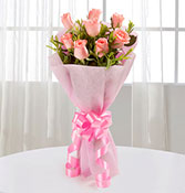 8 Endearing Pink Roses 1 Online delivery in Nagpur - Shopnideas
