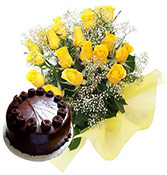 12 Yellow Roses Bunch With 500gms Chocolate Cakes Online delivery in Wardha - Shopnideas