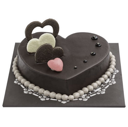 Special Chocolate Hearts Cake Online delivery in Nagpur - Shopnideas