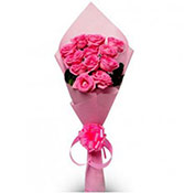 12 Pink Love Bouquet Online delivery in Vadodara - Shopnideas