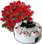 18 Red Roses bunch with 500gms Black forest cakes
